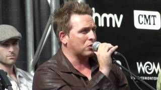 2010 CCMA / Fan Fest.....Johnny Reid