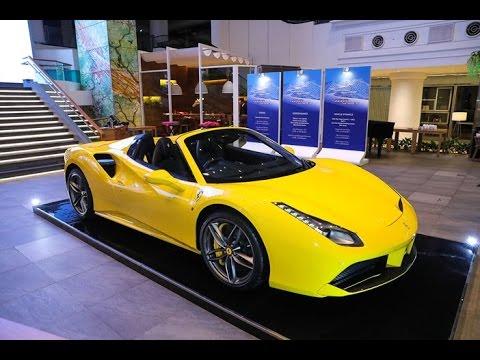 Launching Ferrari 488 Spider   Oto.com