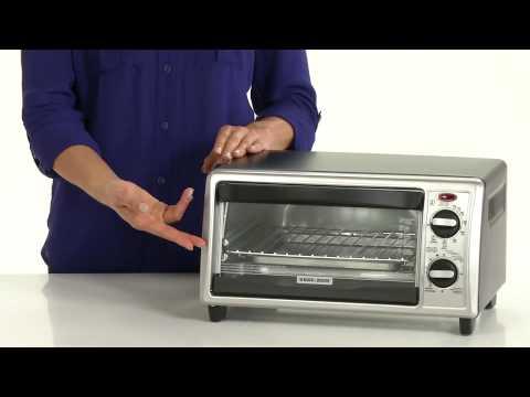Black + Decker 4-Slice Countertop Convection Toaster Oven