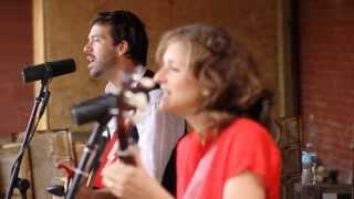 Abigail Washburn - Sala (Live in an Alley)