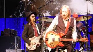 Tom Petty and the Heartbreakers.....Don't Come Around Here No More.....5/13/17.....Indianapolis