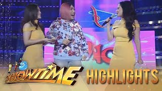 "Bela Padilla surprises Vice Ganda when she shows up wearing the same outfit as ""Ate Girl"" Jackque Gonzaga.  Subscribe to ABS-CBN Entertainment channel! - http://bit.ly/ABS-CBNEntertainment  Watch the full episodes of It's Showtime on TFC.TV   http://bit.ly/ItsShowtime-TFCTV and on IWANT.TV for Philippine viewers, click:  http://bit.ly/SHOWTIME-IWANTv  Visit our official website!  http://entertainment.abs-cbn.com/tv/shows/itsshowtime/main http://www.push.com.ph  Facebook: http://www.facebook.com/ABSCBNnetwork  Twitter:  https://twitter.com/ABSCBN https://twitter.com/abscbndotcom Instagram: http://instagram.com/abscbnonline"