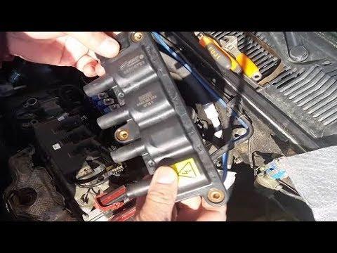 Es handelt das Benzin aus dem Vergaser in den Zylinder des Motorrollers nicht