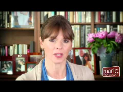 Five Puppy Training Tips, From Victoria Stilwell - YouTube