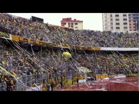 """""""Recibimiento a The Strongest TRIcampeón - Estadio Hernando Siles 16/12/2012"""" Barra: La Gloriosa Ultra Sur 34 • Club: The Strongest"""