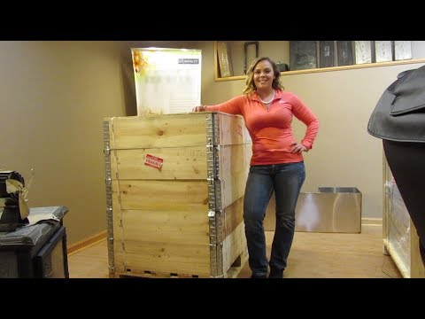 Rizzoli L90 Wood Cookstove - Uncrating The Stove