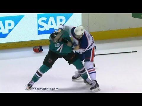 Andrew Desjardins vs. Steve Pinizzotto