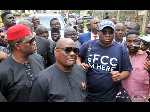 EFCC Obtains Court Order To Detain Fayose For two Weeks