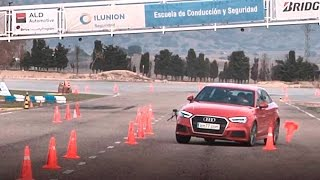 Audi A3 Sedan 2016 - Maniobra de esquiva (moose test) y eslalon | km77.com