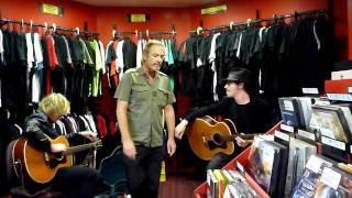 Steve Kilbey & Ricky Maymi - Red Eye Records, Sydney, Aug 4, 2011 - Part 1