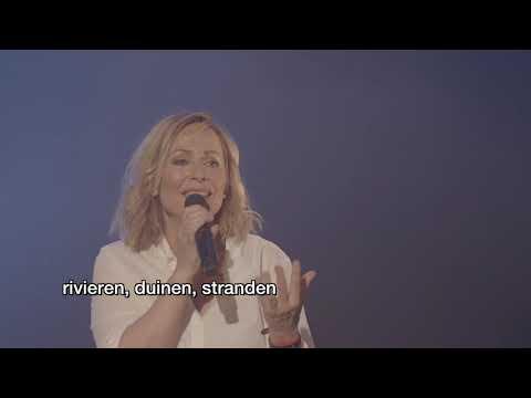 Angela Groothuizen 'pakt je bij de kladden' tijdens jubileumvoorstelling in De Meerpaal