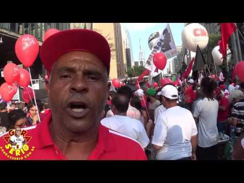 Tucão Favela do Justinos na Manifestação pró-Dilma #Nãovaitergolpe