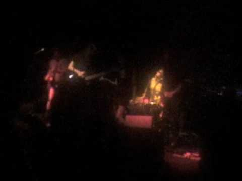 VaudeVillainous Cramps gig - People ain't no good - Journey to the center of a girl