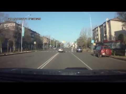 переход на запрещающий сигнал светофора