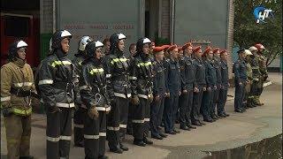 На базе пожарной части прошел смотр готовности добровольцев