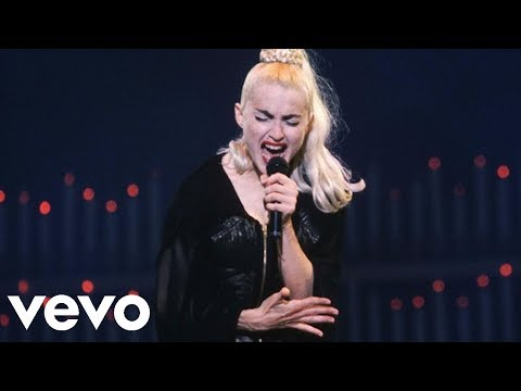 "Madonna - ""Papa Don't Preach"" Live at the Blond Ambition Tour (Remastered)"