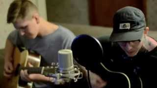 Grey Gordon -'Barstools and Haircuts' Cozy Couch Session