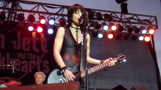 "JOAN JETT AND THE BLACKHEARTS ""Love Is Pain""/""I Love Playin' With Fire"" @ Sonoma-Marin Fair, 6/25/10"