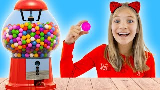 Amelia loves her gumball machine and Avelina goes on holiday