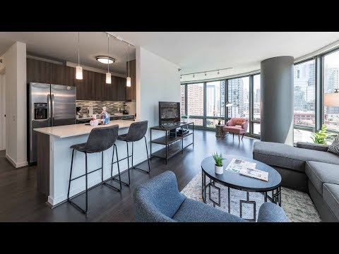 Furnished short-term apartments in River North at Hubbard Place