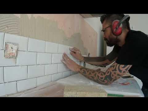 Une Crédence de cuisine en carreaux métro 5 étapes pour terminer une installation réussie de carreaux de céramique - 0 - 5 étapes pour terminer une installation réussie de carreaux de céramique