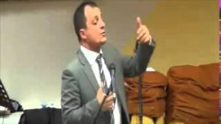 preview picture of video 'Stasera deve ventilare l'orzo nell'aia Rut cap 3:1 al 11 Predicatore  Gennaro Chiocca'