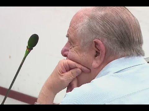 Julio Gerlein insulta a periodistas al llegar a audiencia en su contra | Noticias Caracol