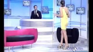 Caterina Balivo in giallo, Festa Italiana, l'orchestra e W L'amore