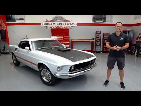 External Review Video 1Q0RnOFZ0GU for Ford Mustang Mach 1 (S550, 6th gen, 2021 MY)