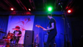 "Yuck ""Lose My Breath"" at Crescent Ballroom on 2/3/2014"