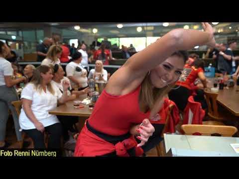 Frauen kennenlernen in clubs