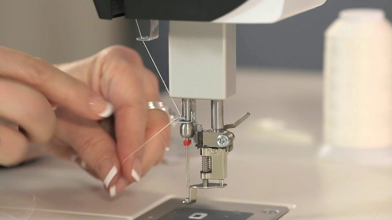 BERNINA Q 20 Series: Threading for Twin Needles