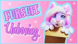 Kinsley Fursuit Unboxing!