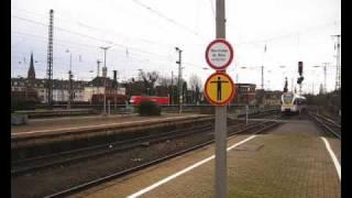 preview picture of video 'Dampflok im Mönchengladbacher Hbf ++ FLIRT als Sonderzug'