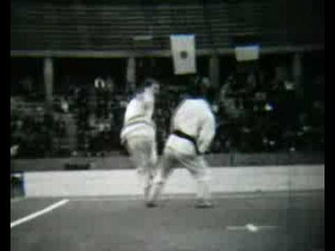 Nakayama Shirai Self Defence 1968