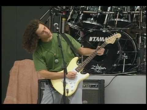 Tears For Fears - Everybody Wants to Rule the World (Live at Knebworth)