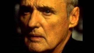 Dennis Hopper Threatens a Man.