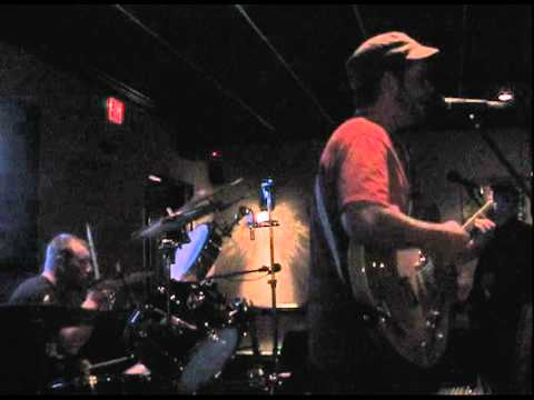 "Macadocious ""Stir It Up"" LIVE @ THE PALE HORSE (11/13/10)"