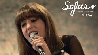 Sofar Sounds Madrid presenta el vídeo en directo de 'Stay'