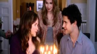 Lori souffle ses bougies (vf)