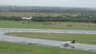 preview picture of video 'Despegue LV-AIY y LV-MBY en punto de espera - Aeropuerto de Resistencia'