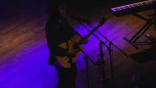 "Ari Herstand - ""Float on By"" (Live at The Pause)"