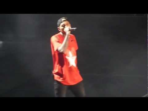 Chris Brown - Don't Judge Me LIVE ! AT Bercy PARIS 09/12/12