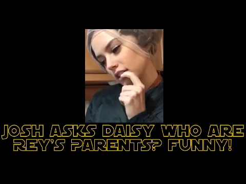 Josh Gad Asks Daisy Ridley Who Rey's Parents Are? (FUNNY)