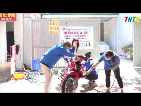 Đoàn phường Trung Sơn rửa xe ủng hộ quỹ phòng, chống dịch Covid-19