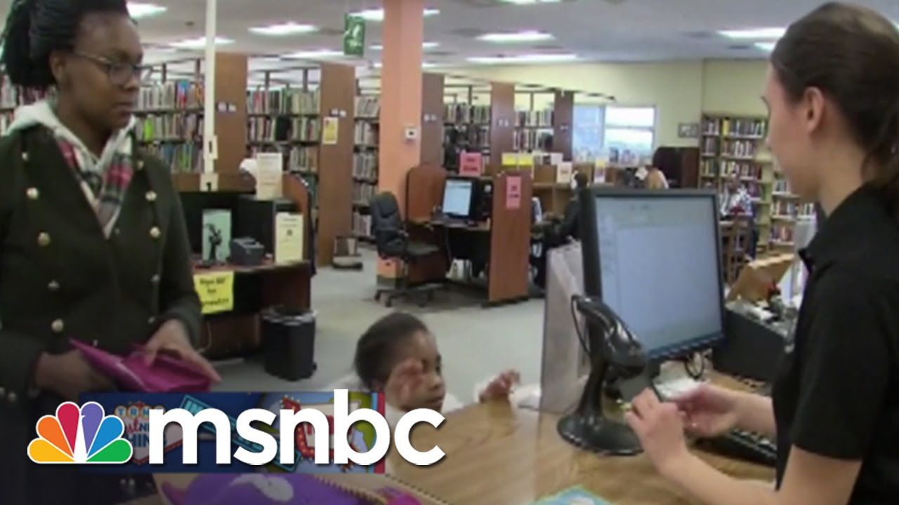 Librarians Volunteer In Ferguson | Rachel Maddow | MSNBC thumbnail