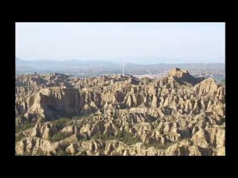 TURISMO RURAL EN GRANADA, Cuevas Almagruz Purullena, Comarca De Guadix, Granada. Casa Cueva.