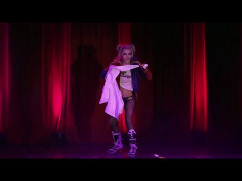 10 Fifi Glitterbomb   Marvel vs DC  Harley Quinn