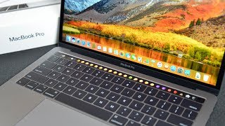 """Apple MacBook Pro 13"""" Touch Bar (2017): Unboxing & Review"""