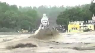 Kokohnya Arca Dewa Siwa Diterjang Banjir Bandang Di India [OM NAMAH SIVAYA]